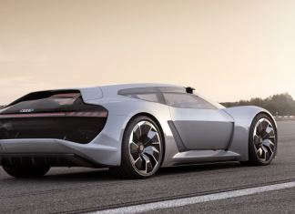 Audi, heyecan verici spor modellerini değerlendiriyor