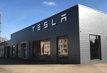 Tesla hisse senedini ağustos sonunda bölüşecek
